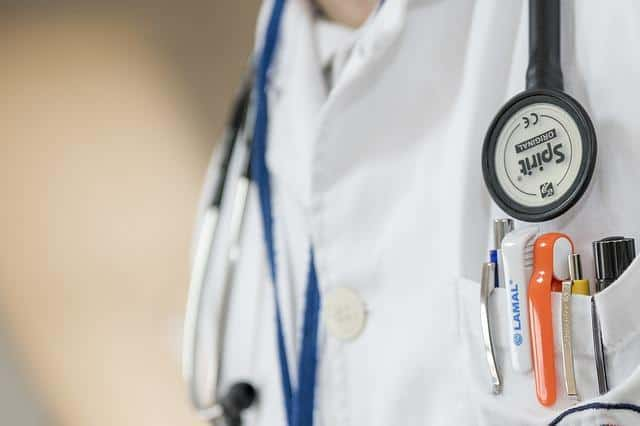 sáng kiến, phát minh, y học, ung thư vú, điều trị ung thư, HIV