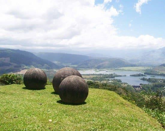 quả cầu đá, Stone Spheres, Costa Rica, vùng đất bí ẩn
