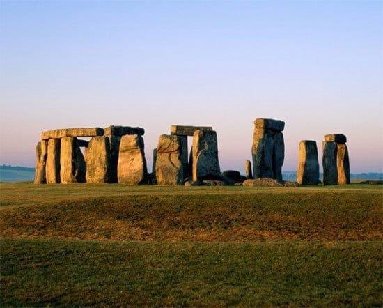 Vòng đá cổ Stonehenge, Vương quốc Anh, bí ẩn, khoa học