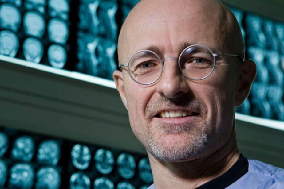 Ca cấy ghép đầu người đầu tiên, ghép đầu, Valery Spiridonov, SERGIO CANAVERO, thần kinh học, ghép đầu người, ghép nội tạng, đạo đức y học, tranh cãi trong khoa học,